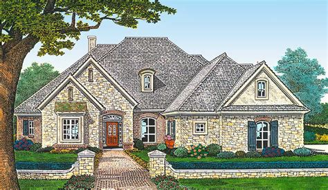 bed french country house plan   car garage  bonus room fm architectural