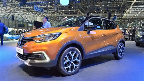 new renault captur 2017 2017 renault captur facelift gets full led headlights