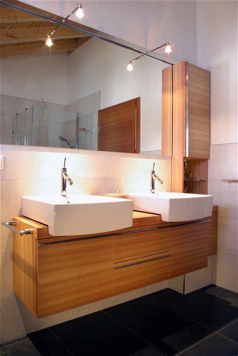 bad moebel wie badezimmer schraenke und regale badezimmer