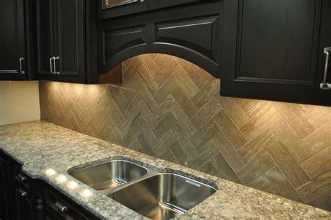 Tile with Style   Taupe Marble Herringbone Backsplash
