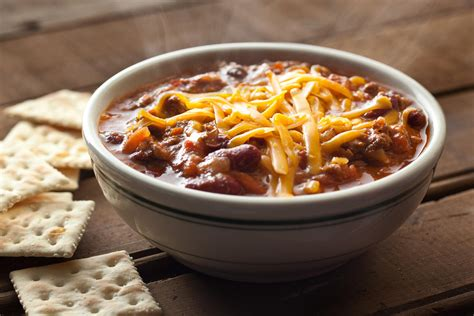 easy chili recipe spicy red pork and bean chili recipe dishmaps