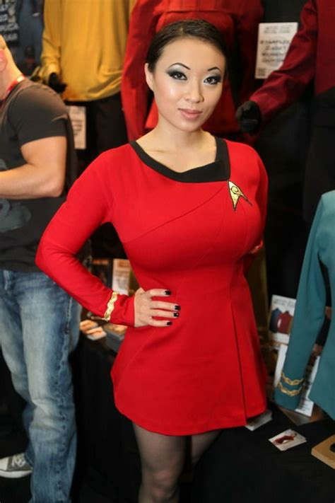 Sexy Star Trek Cosplay Girls Damn Cool Pictures