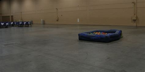 dash con the 17 000 ball pit how dashcon went from tumblr con