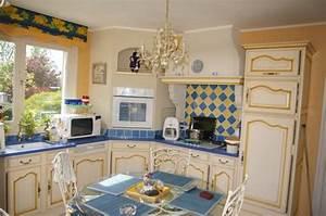 cuisine With la maison rouge perce 11 decoration cuisine style provencale