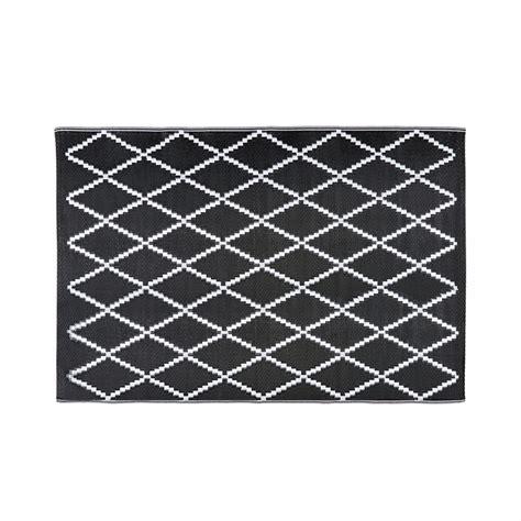 tappeti moderni bianchi e neri affordable tappeto da giardino con motivi neri e bianchi