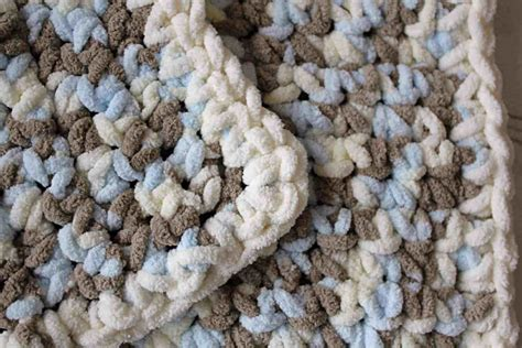 {diy} Lux Crochet Baby Blanket What Is A Blanket Certificate Of Resale Granny Squares Blankets Heated Biddeford Most Comfortable In The World Easy Pigs Recipe Make Your Own Tie Zig Zag Baby Pattern Pendleton Native American