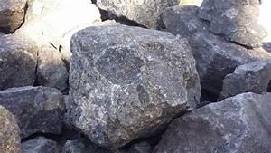 Monday Geology Picture  Kimberlite In Kimberley - Georneys