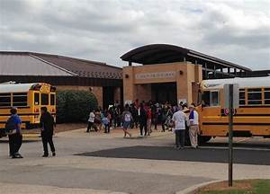 U-46 schools reopen after Legionella bacteria scare ...