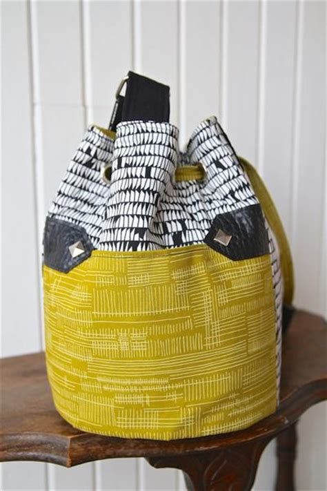 dahlia drawstring bucket bag  sewing pattern