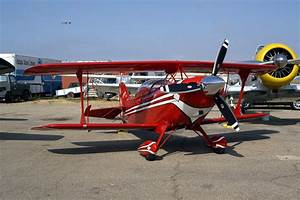 Aviat Pitts S-2C Special two-seat aerobatic biplane
