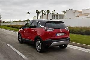 Avis Opel Crossland X : essai opel crossland x 1 2 turbo notre avis sur le nouveau crossland photo 18 l 39 argus ~ Medecine-chirurgie-esthetiques.com Avis de Voitures