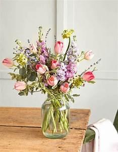 Offrir Un Bouquet De Fleurs : saint valentin 2019 d couvrez notre shopping d co pour trouver le cadeau id al elle d coration ~ Melissatoandfro.com Idées de Décoration