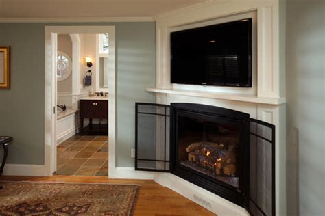 I Love The Corner Fireplace And Built-in Tv Overhead