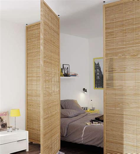 isoler un garage pour faire une chambre coin chambre dans le salon 40 idées pour l 39 aménager