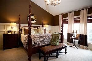 Master bedroom cream and brown traditional bedroom for Brown and cream bedroom ideas