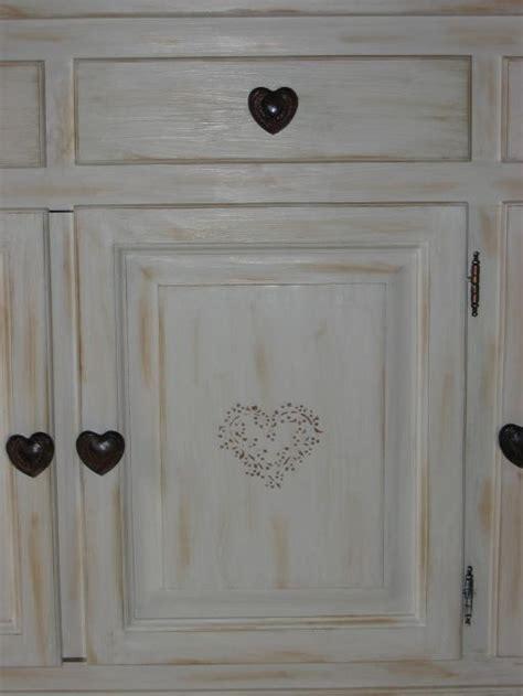 peindre des meubles bois vernis conseils d 233 coration poncer peintures appliquer d accroche