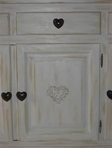 Peindre Un Meuble Ancien En Blanc : peindre des meubles bois vernis conseils d coration poncer ~ Dailycaller-alerts.com Idées de Décoration