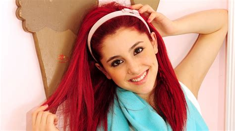 Cute Ariana Grande Free Mobile Phone Wallpaper #2015