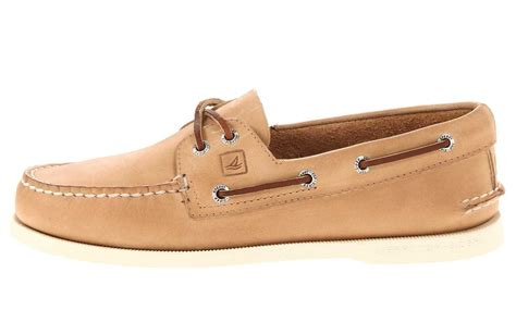 Most Comfortable Boat Shoes by Comfortable S Walking Shoes Made For Travel Travel