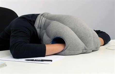 cadeau bureau homme idées cadeaux pour hommes 20 gadgets cool et originaux