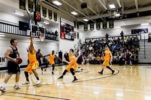Men's Basketball Ready for Post-Season – Whitman Wire