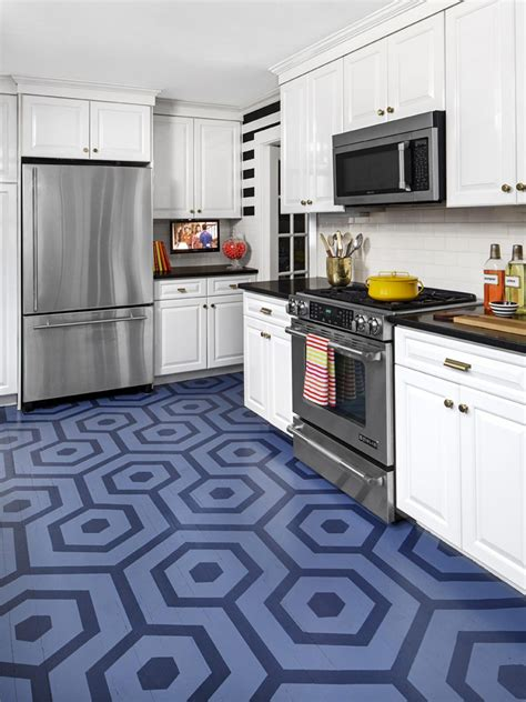 kitchen color planner two toned kitchen cabinets pictures ideas from hgtv hgtv 3376
