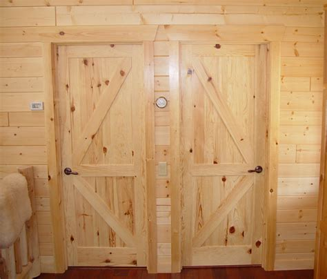 rustic lodge log and timber furniture handcrafted from green reclaimed pine and northern