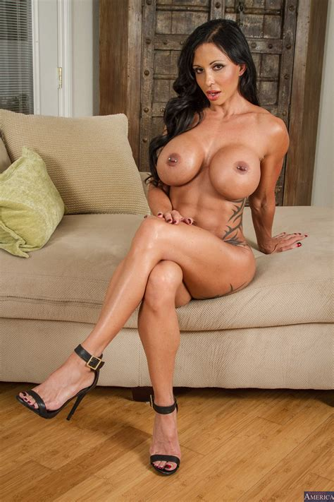 Big Titted Brunette Got Her Nipples Pierced Photos Jewels Jade Chad White Milf Fox