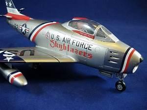 North American F-86F Sabre, Italeri 1:48 von Stefan ...