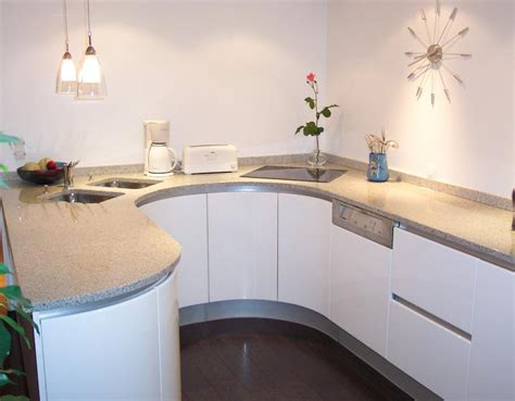 plan de travail de cuisine en granit plan de travail de cuisine en granit blanc cristal 1 14 3 louis decottegnie