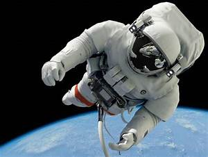 Astronaut In Space - Pics about space