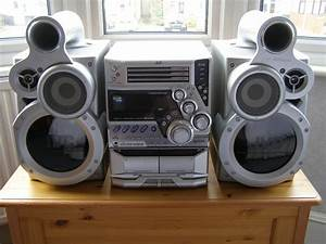 Jvc 3 Cd Player  Radio And 2 Deck Cassette Player Stereo