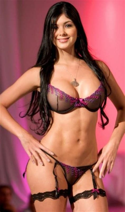 Camila Davalos Nude 5 Pictures Rating 83810
