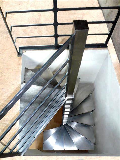 steel up petit escalier en acier