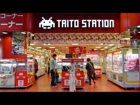 Cabinati Sala Giochi Center A Yokohama Salagiochi Giapponese