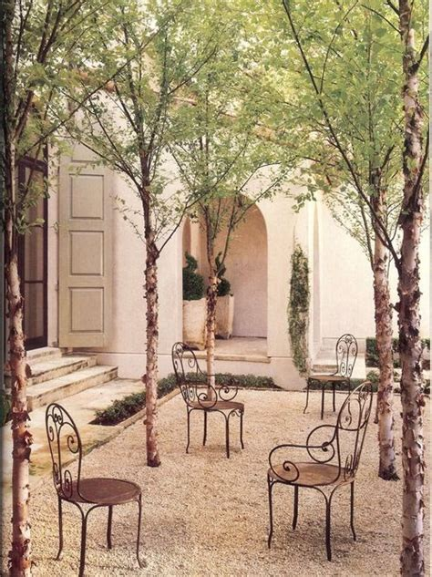 gravel courtyard things we love graveled courtyards design chic design chic