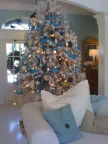 Flocking Christmas Trees Diy by 8 Distinct And Fabulous Christmas Tree Styles