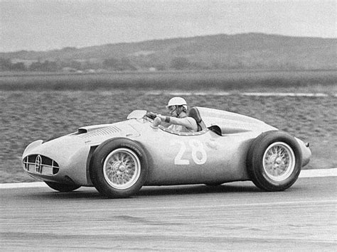 Bugatti introduced its very last 'type' models in 1955, the type 251. Bugatti Type 251 Grand Prix F1 1955-1956 - photo : auteur inconnu DR - Auto Forever