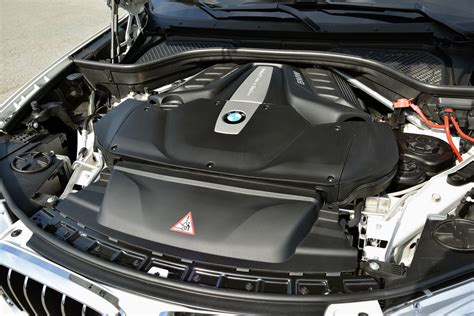 Bmw X5 Battery Cost by Why Bmw Boosting Its V 8 Turbo S Fuel Efficiency