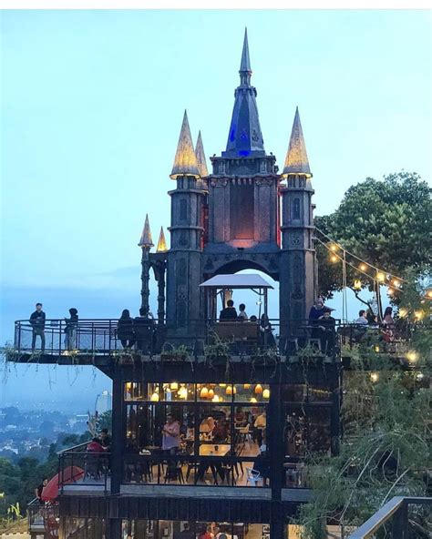 destinasi wisata  bandung  hits  wajib