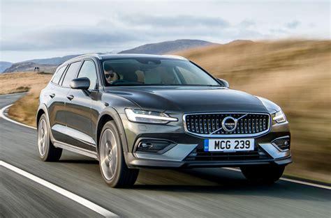 Volvo 2019 V60 Cross Country by Volvo V60 Cross Country 2019 Uk Review Autocar