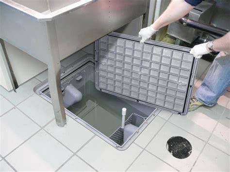 plastic grease trap  lbs  gpm