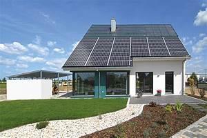 Solaranlage Einfamilienhaus Kosten : energieautarkes haus bauen viel geld sparen ~ Lizthompson.info Haus und Dekorationen