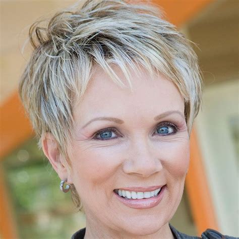 25 Gorgeous Hairstyles For Women Over 50 : IloveFacts net