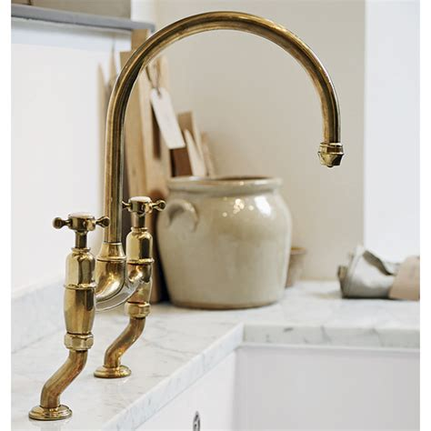 Washup In Modern Country Style With These Ontrend Sink