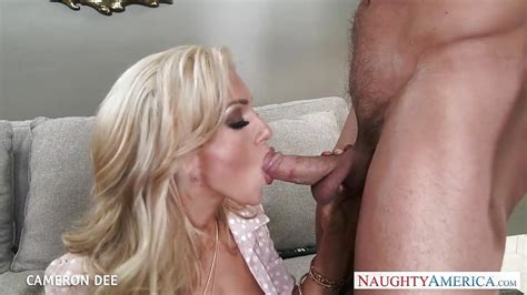Superb Blonde Cameron Dee Gives Blowjob PornTube