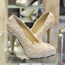 wedding dress shoes lace and pearl wedding white lace pearl 39 s shoes bridal wedding dress high heeled