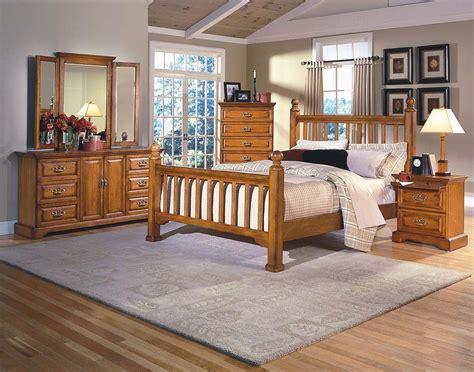 honey creek poster bedroom set  classic furniture