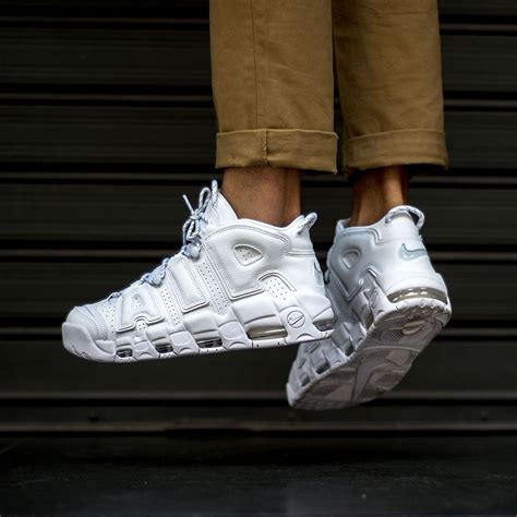 NIKE AIR MORE UPTEMPO 96 - Sneakers76