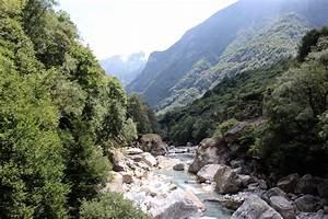 Die Schweiz Einmal Anders  Wandern Im Verzasca Tal Im Tessin